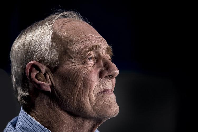 улучшить слух без слухового аппарата